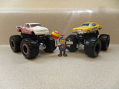 hot wheel monster truck 1:64 Candy monsters
