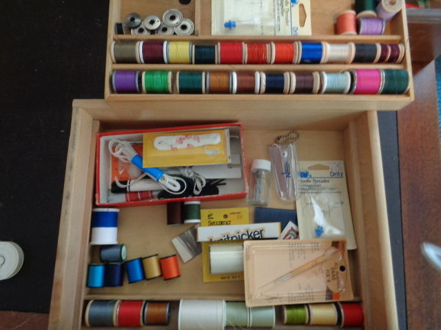 SEWING JUNK DRAWER LOT 2