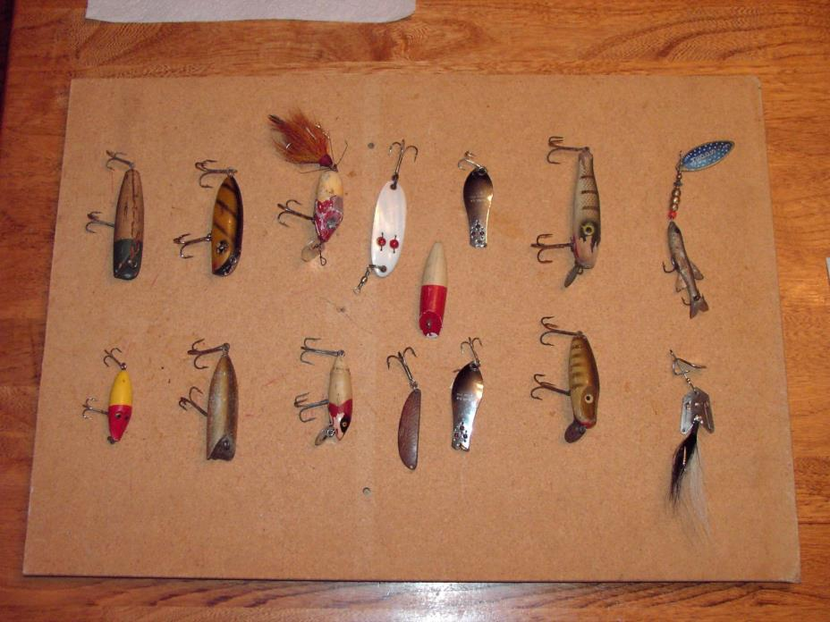 Lot of 15 ANTIQUE LURES Paw Paw, Oreno,South Bend, Mepps, & unknowns