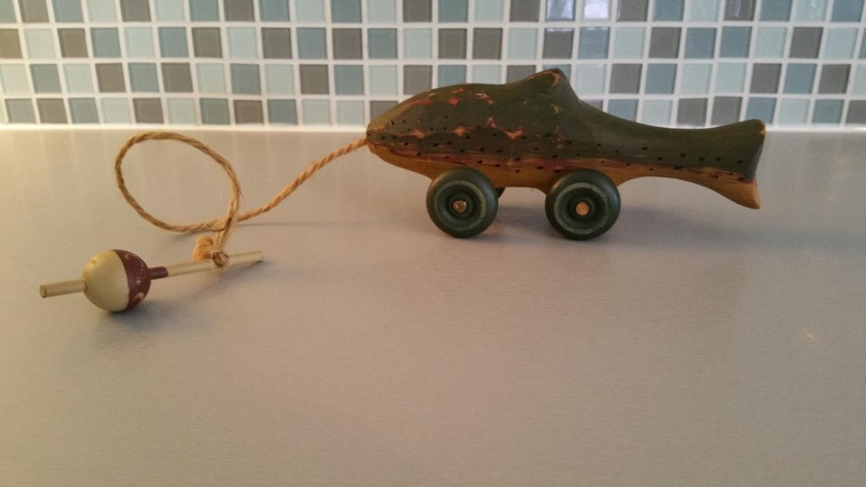 Wood Folk Art Trout Fish on Wheels Twine Bopper/Floater Handle Small Pull Toy