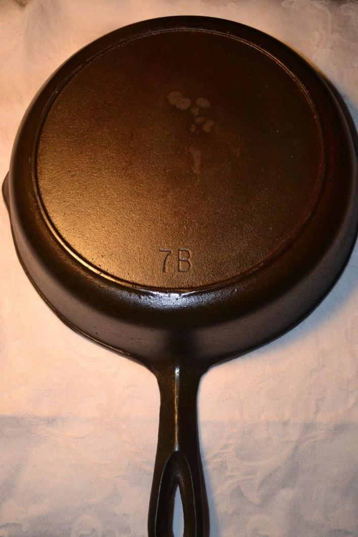 Vintage #7 B Cast Iron Skillet