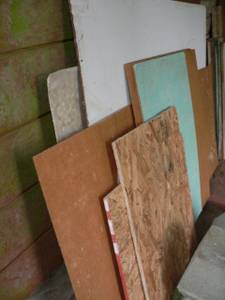 Free chip board panel (Bainbridge Island)