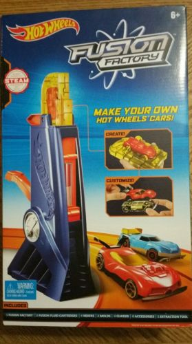 Hot Wheels Fusion Factory Car Maker Set NEW factory sealed