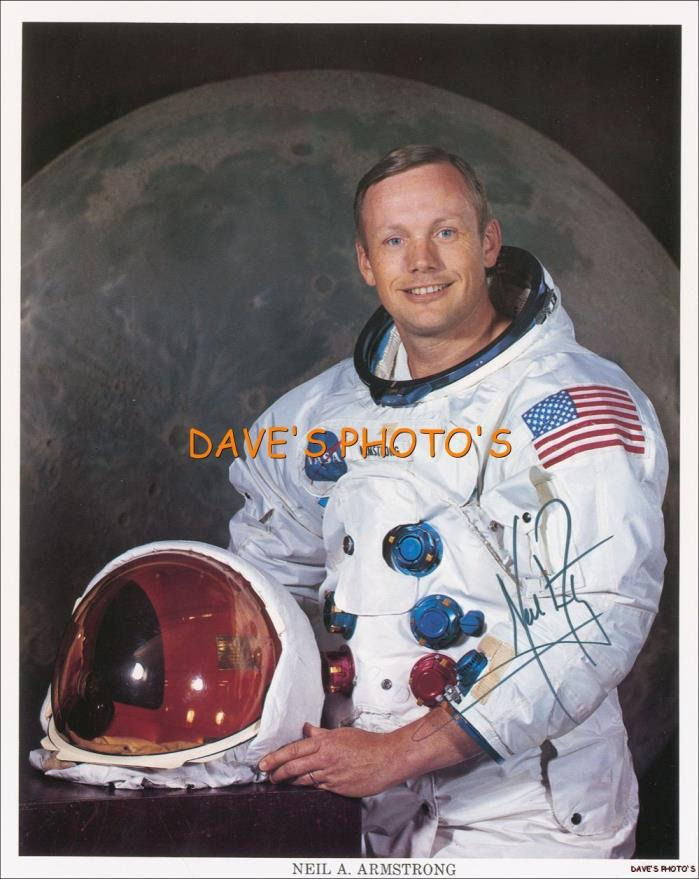 SIGNED 'NEIL ARMSTRONG' 8x10 COLOR RP PHOTO