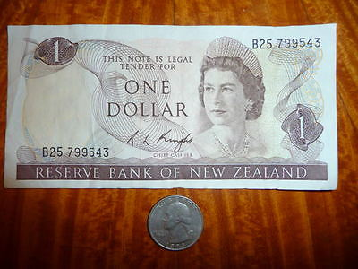 1 Dollar Bank Note from New Zealand 1967
