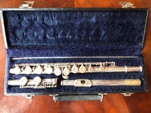 Artley Flute With Hard Case