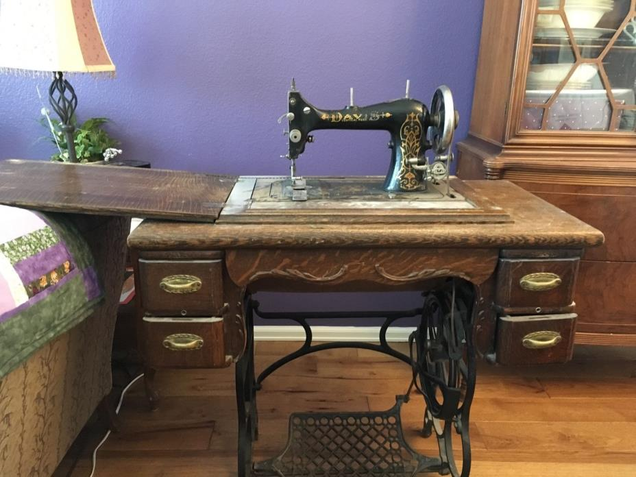 Antique Davis Vertical Feed Treadle Sewing Machine with cabinet !!!
