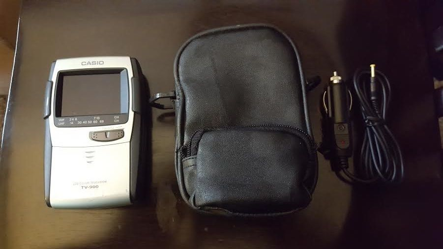 Vintage Personal Handheld Casio LCD Color Television TV-900 w/ Case & Car Plug