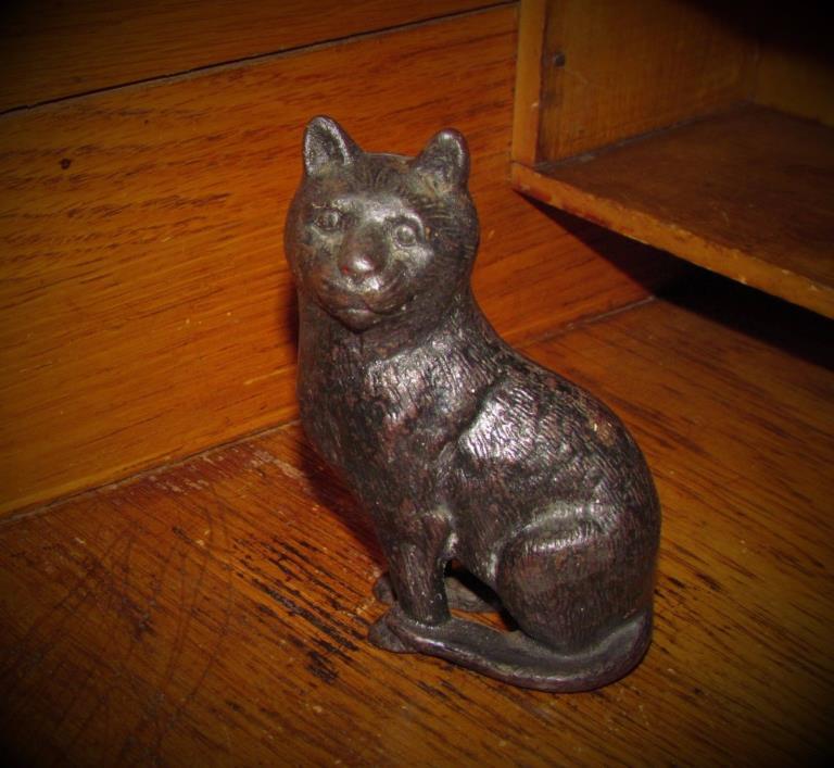 Original Antique Vtg Cast Iron Arcade Black Cat Kitten Still Penny Metal Bank