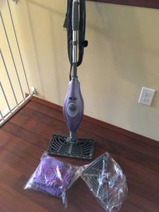 Free shark steam vac (Mill Creek)
