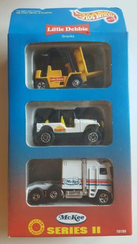 HotWheels LITTLE DEBBIE SNACKS - 3-pack - Series II -1996 - MINT!!!