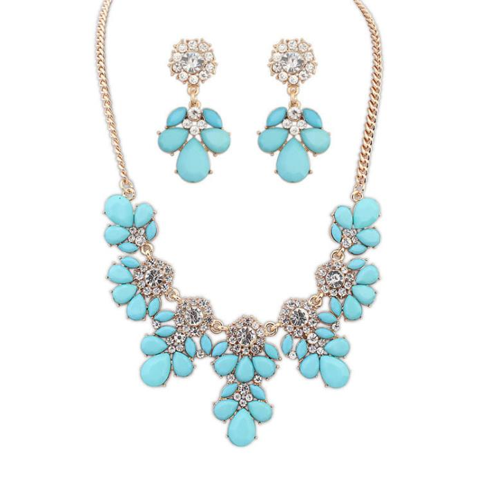 Turquoise Blue Fashion Jewelry Flower Necklace and Earring Set NEW!!