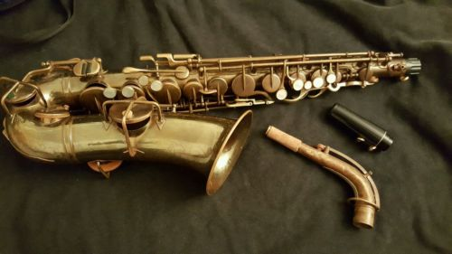 Buescher Alto Saxophone True Tone Low Pitch 1927 Vintage Totally Reconditioned.