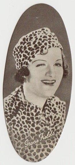 Gracie Fields 1934 Carreras Film Stars Oval Tobacco Card #27