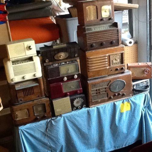 Lot Of 14 Antique / Vintage Radios - Wood To Plastic Retro - Need Work