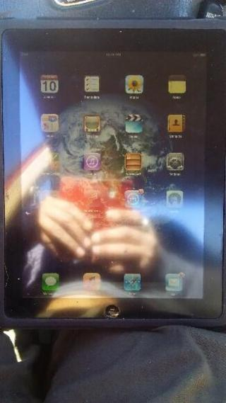 Make Offer** Apple iPad and Case