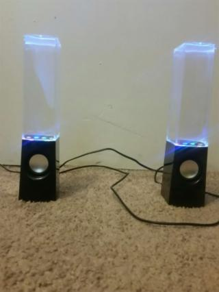 Light up water speakers