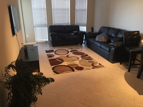 Furnished Living Room For Rent (Pembroke Pines)