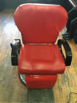 Reclining Barber Chairs