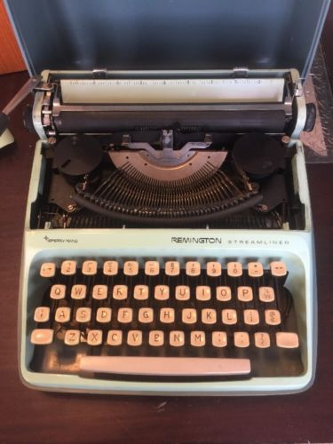 Remington Streamliner Portable Typewriter