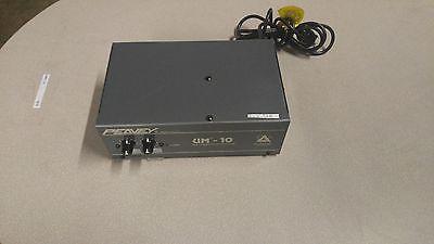 Peavy UM-10 2 Channel Mixer / Amplifier