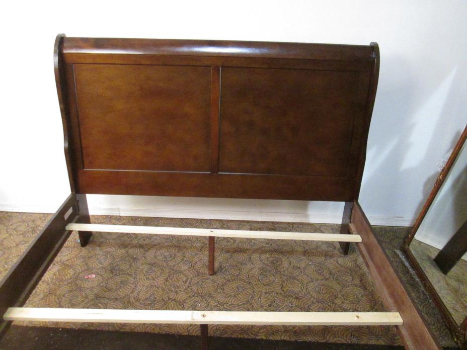 00001 Cherry Queen Size Sleigh Bed with rails