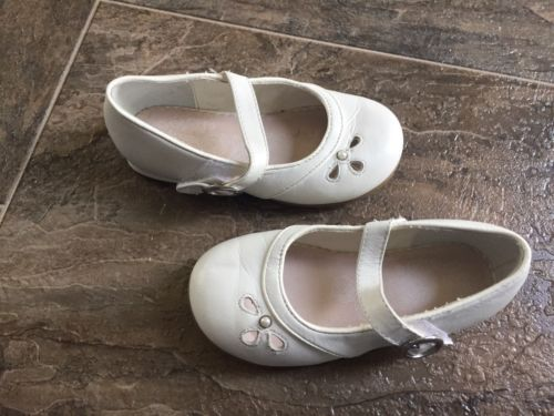 Toddler Girl Stride Rite White Dress Shoes Size 7.5 M VGUC