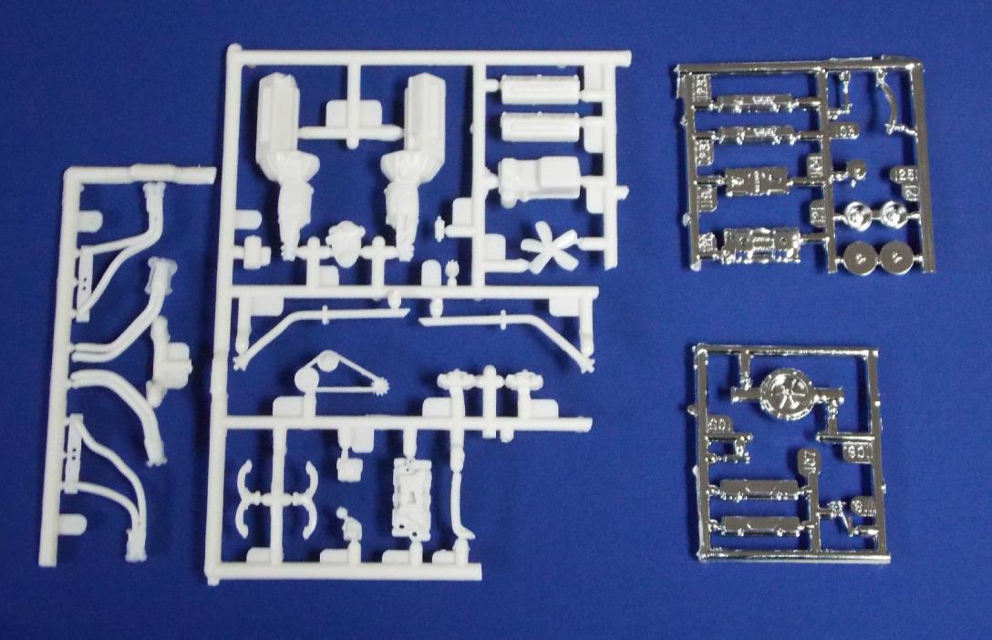 New AMT Chevy Engine 396 c.i. Single or Dual Carbs. Headers 1:25 st151
