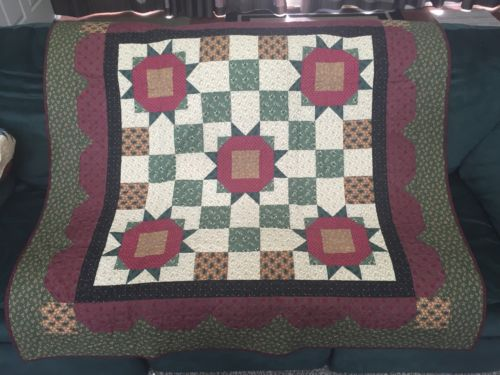 Thimbleberries Winter 2002 Handcrafted Quilted Wall Hanging 54X54 100% Cotton