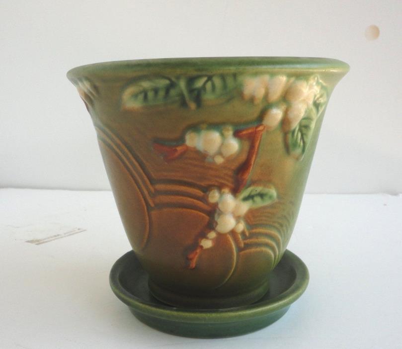 MINT CONDITION Roseville Pottery Green SNOWBERRY FLOWER POT & SAUCER