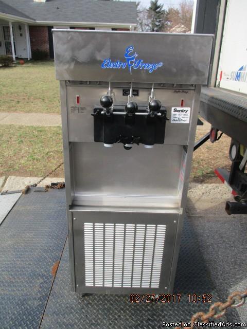 Electro Freeze SL500 Frozen Yogurt Machine RTR# 7023720-01