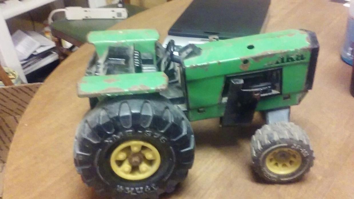 Vintage Tonka Farm Tractor