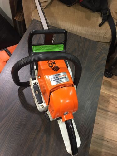 Stihl 028 AV Super Chainsaw / All OEM/ Case Included / Barely Used!!