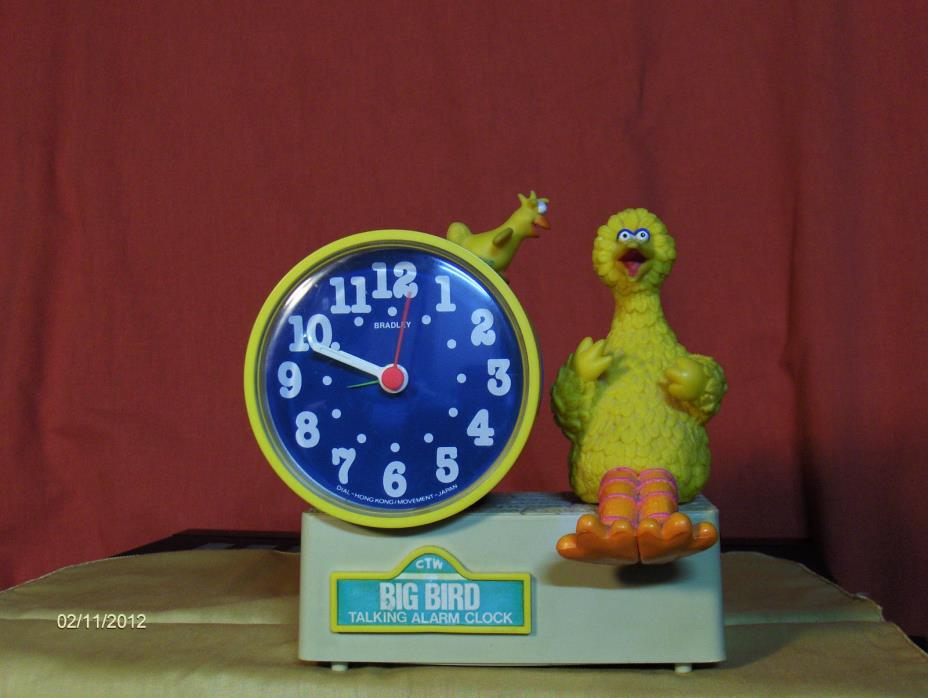 vintage Yellow Blue Sesame Street Big Bird Bradley Talking Alarm Clock NO KEY
