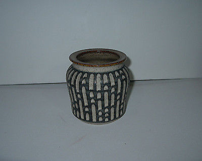 POTTERY VASE HANDCRAFTED & SIGNED BY T. WEBBER
