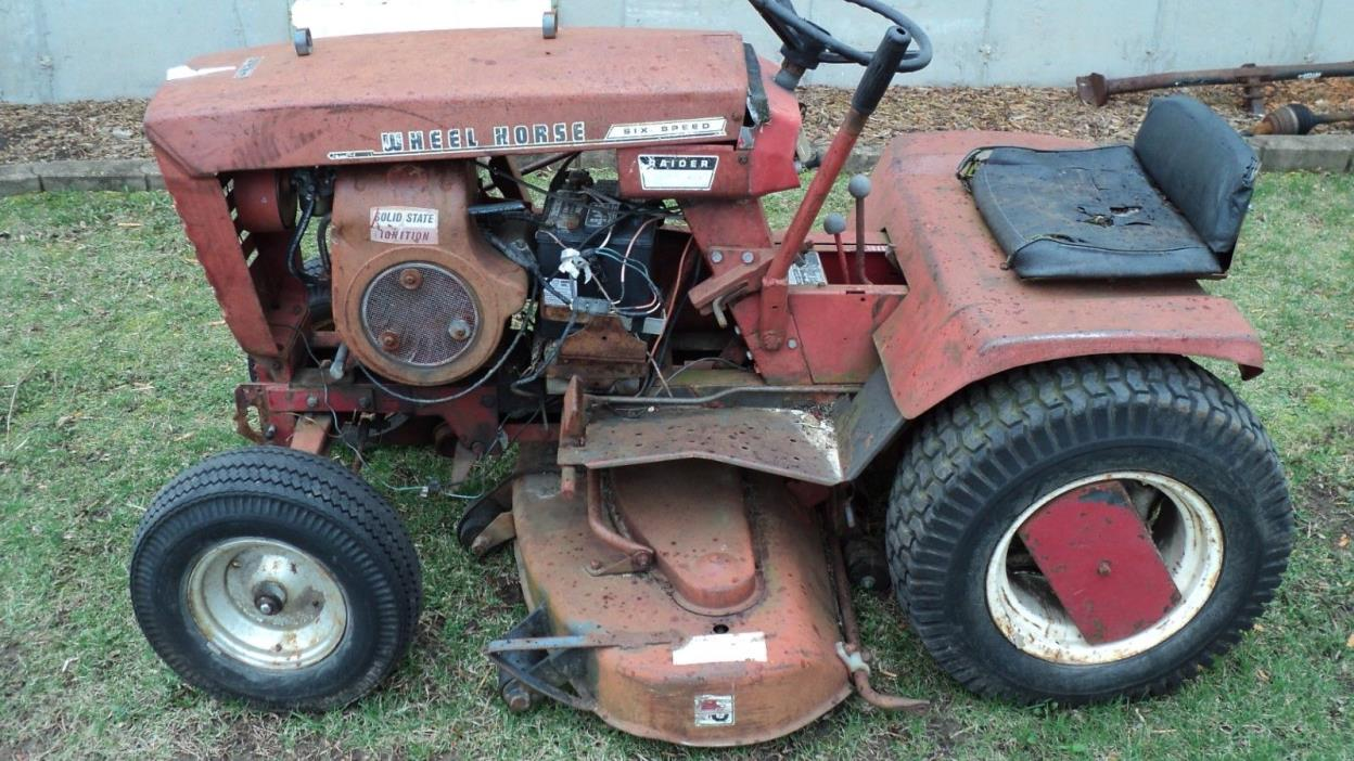 Wheel Horse Raider 10 Garden Tractor for Parts