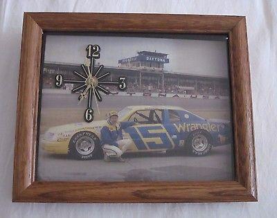 Vintage Dale Earnhardt #15 Daytona Wrangler Picture/Clock Intimidator  Rare