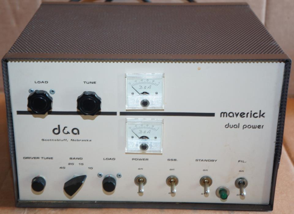 Vintage D & A Maverick Linear Amplifier Dual Power Tube Base Amp AS IS