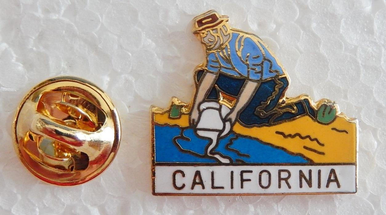 California Gold Pan Miner Pin (Lot 325)