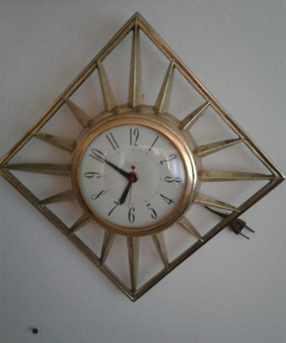 Vintage United Electrical Wall Clock