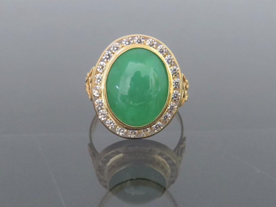 Vintage 18K Solid Yellow Gold Oval Green Jadeite Jade & White Topaz Ring Size 9