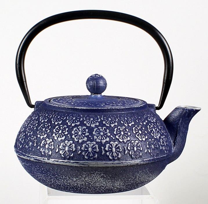 old cast iron pots for sale classifieds. Black Bedroom Furniture Sets. Home Design Ideas