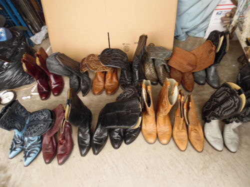 Men's Wholesale Bulk Lot 14 Western Cowboy Boots sizes 7 1/2 - 9 1/2 (wb128)