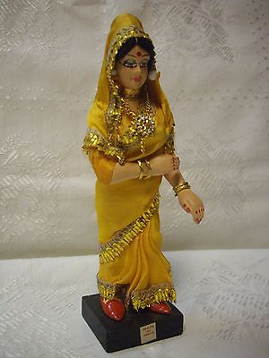VTG.INDIA HINDU FEMALE DOLL FIGURINE 8