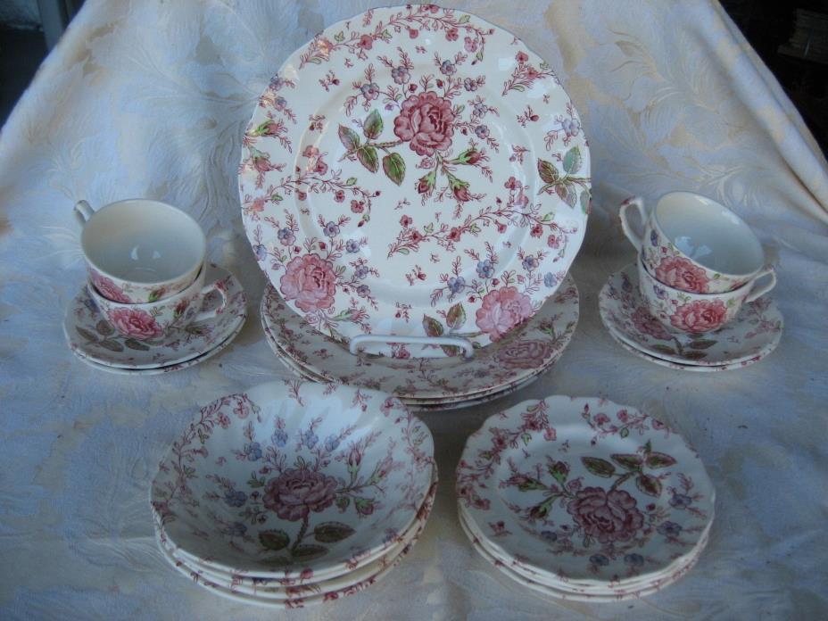 Beautiful Set of 4 Johnson Bros. Rose Chintz Made in England