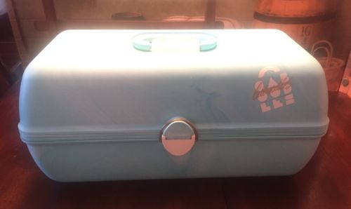 Vintage Caboodles Makeup Storage Train Case Turquoise Excellent Condition