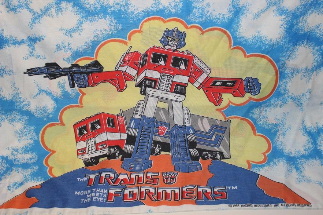 The Transformers More than meets the eye 2 pillow cases and 1 sheet bedding set