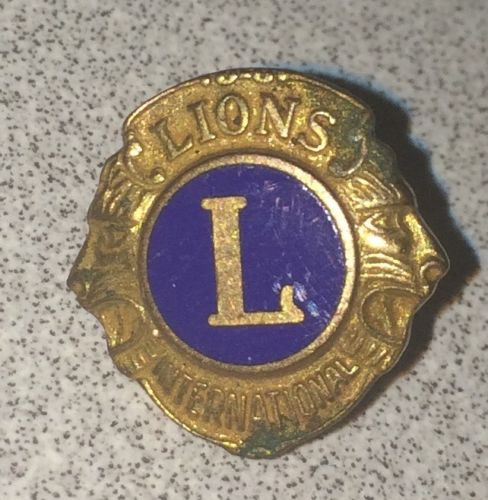 Vintage LIONS International Masonic Lapel Hat Tie Pin