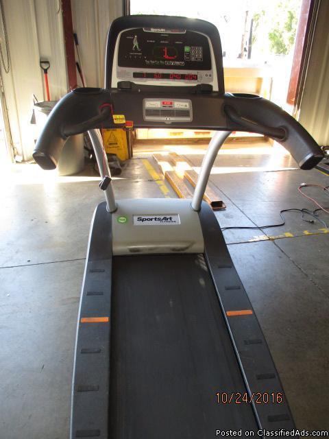 SportsArt T672 Treadmill RTR# 6074770-15