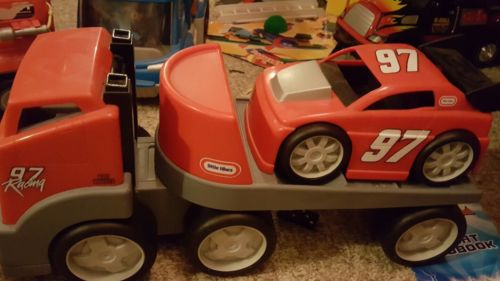 Little Tykes rugged riggz race car hauler